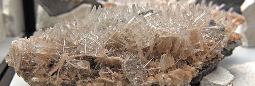 Minéraux pierres et cristaux